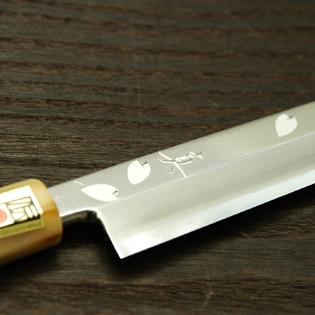 柳刃包丁 青一鋼 8寸 桜 鞘付